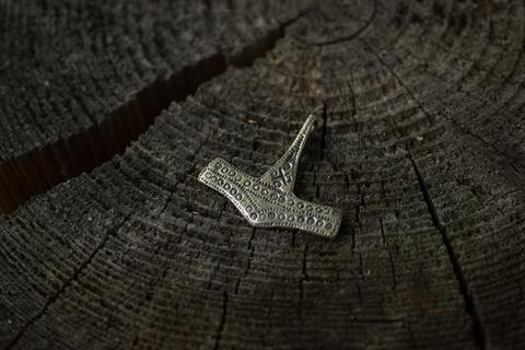 Молот Тора из Сконе (10 век)