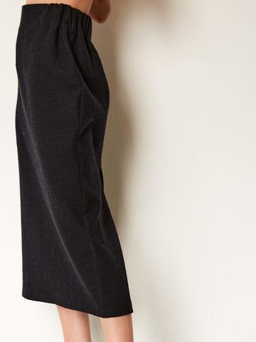 Юбка-карандаш со шлицей из шерсти и хлопка букле черный