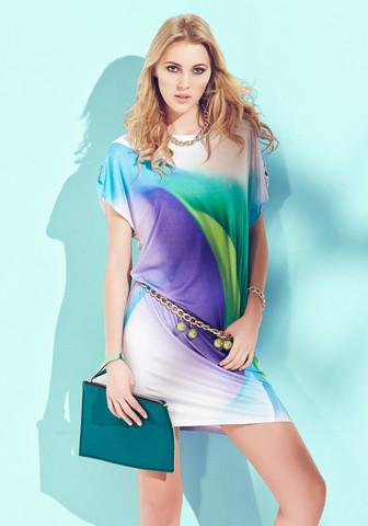 Летнее платье-туника из струящейся вискозы
