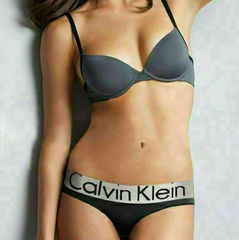 Женские трусы стринги Calvin Klein Women String Black
