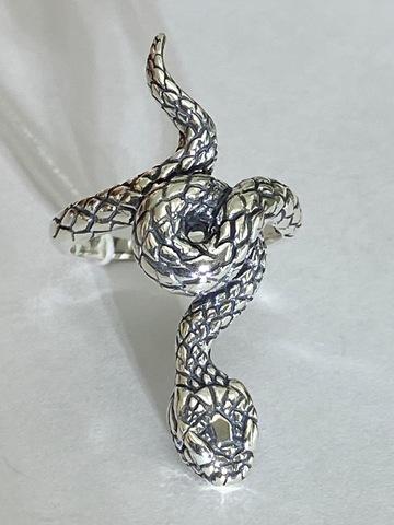 Кобра (кольцо  серебра)