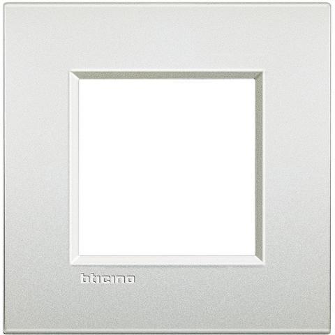 Рамка 1 пост AIR, прямоугольная форма. МАТОВАЯ ПОВЕРХНОСТЬ. Цвет Белый жемчуг. Итальянский стандарт, 2 модуля. Bticino LIVINGLIGHT. LNC4802PR