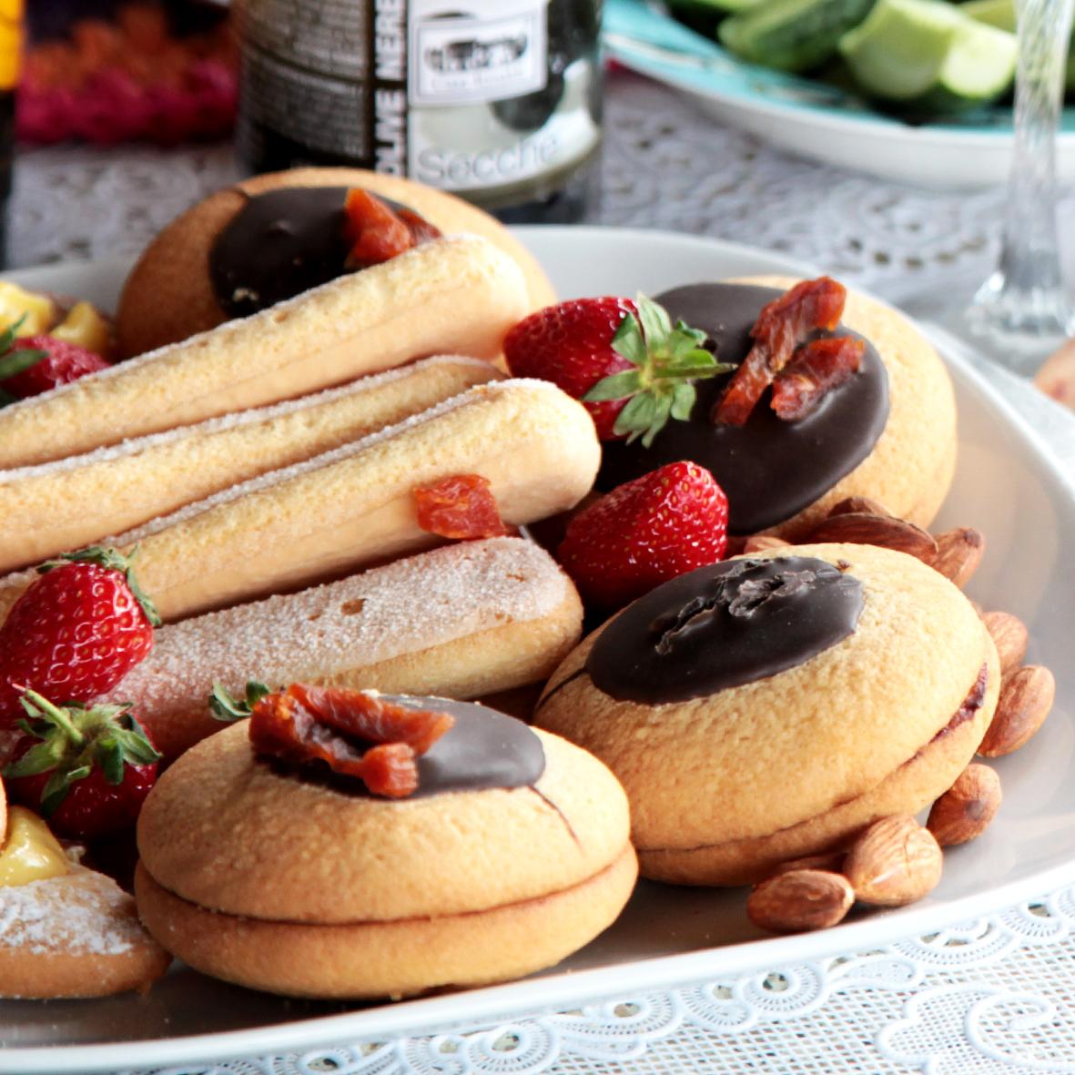Печенье сдобное Вупи-пай с черёмухой Arte Bianca 230 г