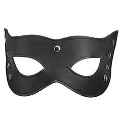 Кожаная маска кошки с заклепками