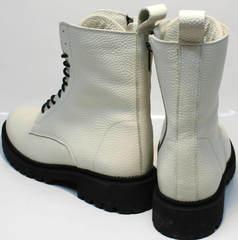 Ботинки похожие на мартинсы женские зимние Ari Andano 740 Milk Black.