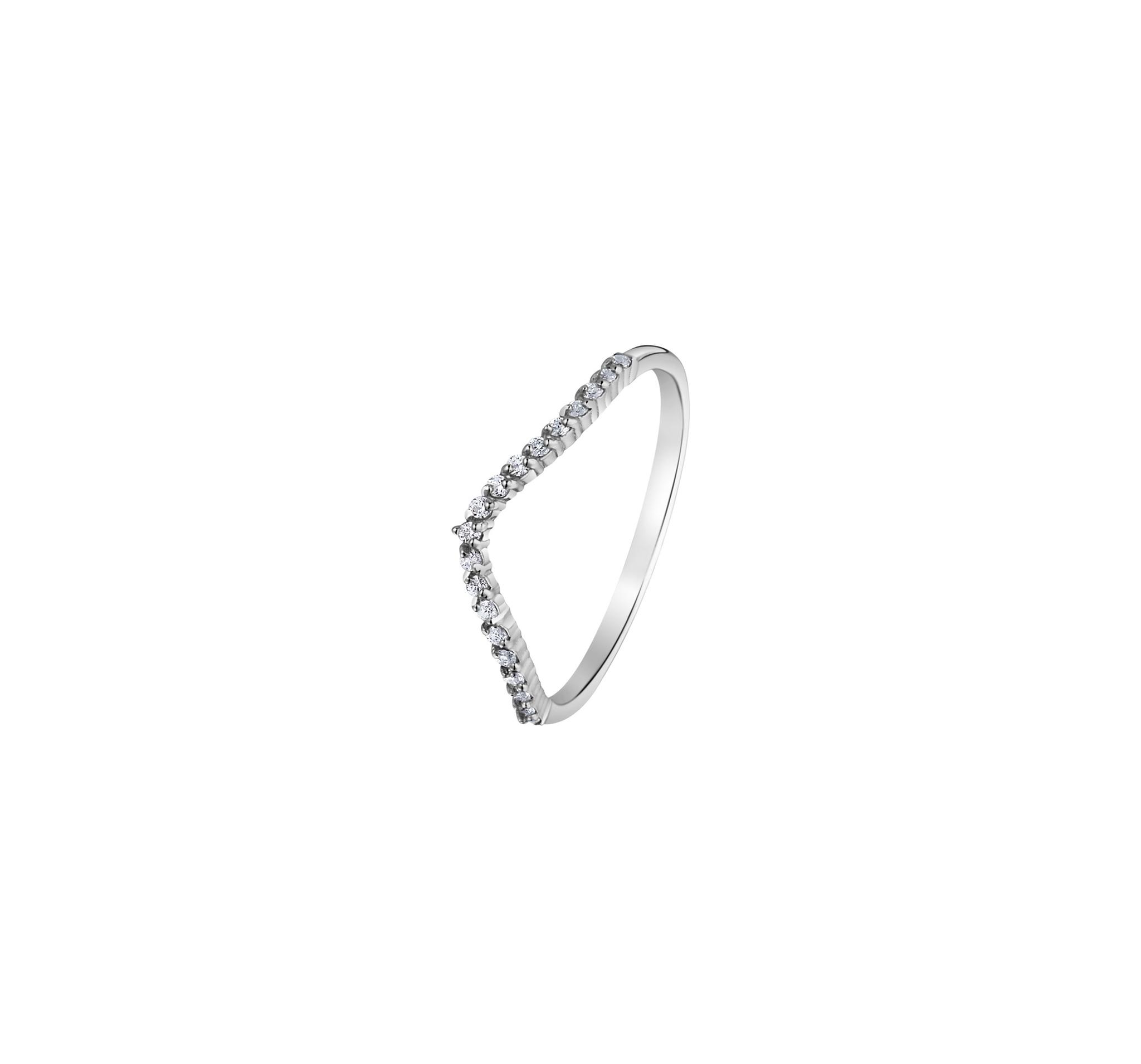 Тонкое серебряное кольцо-дорожка с россыпью кубических цирконов