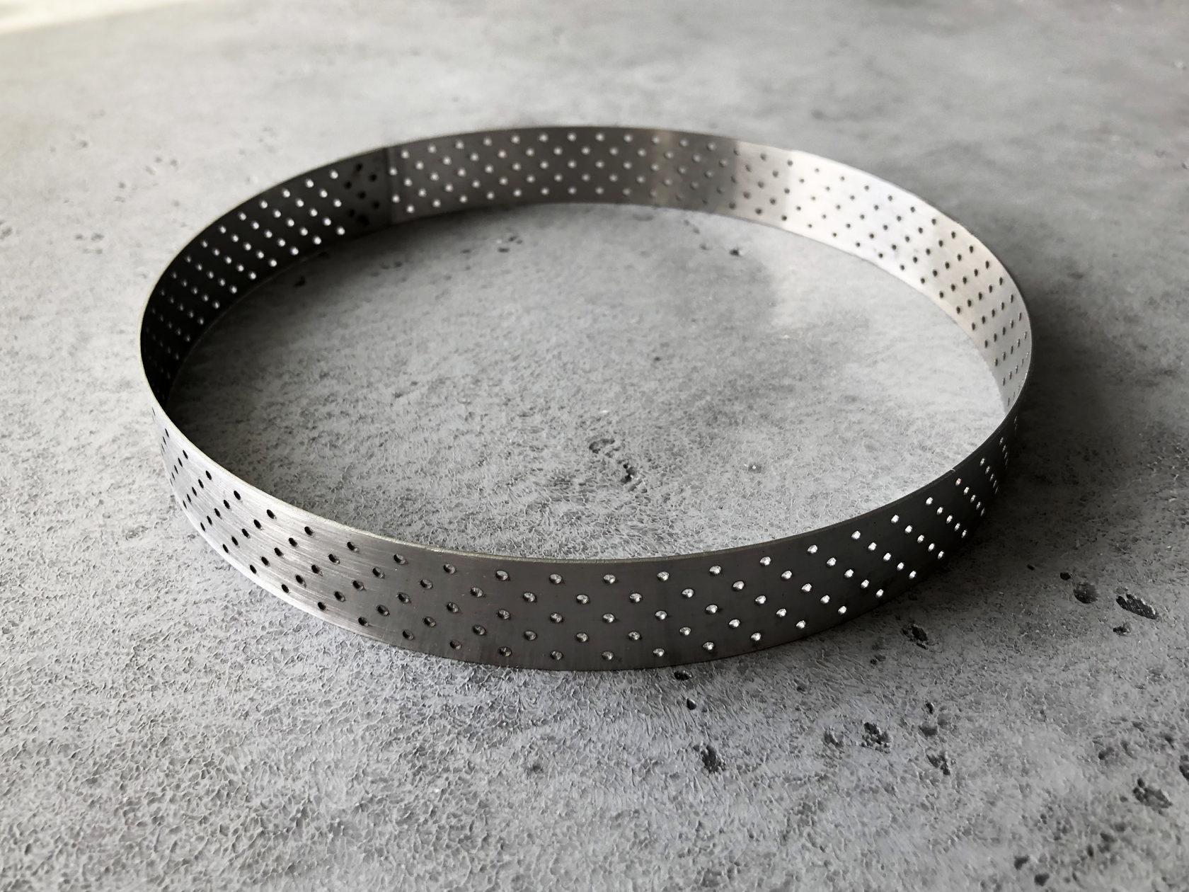 Перфорированная форма кольцо для тарта, 20х3 см