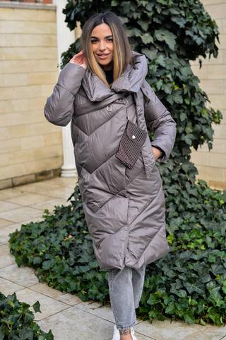 Дутая женская куртка длинная с капюшоном надя