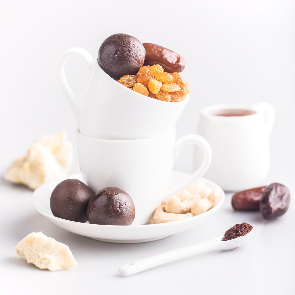 Набор полезных конфет Protein Ball. Шоколад (12 упаковок по 2 конфеты)