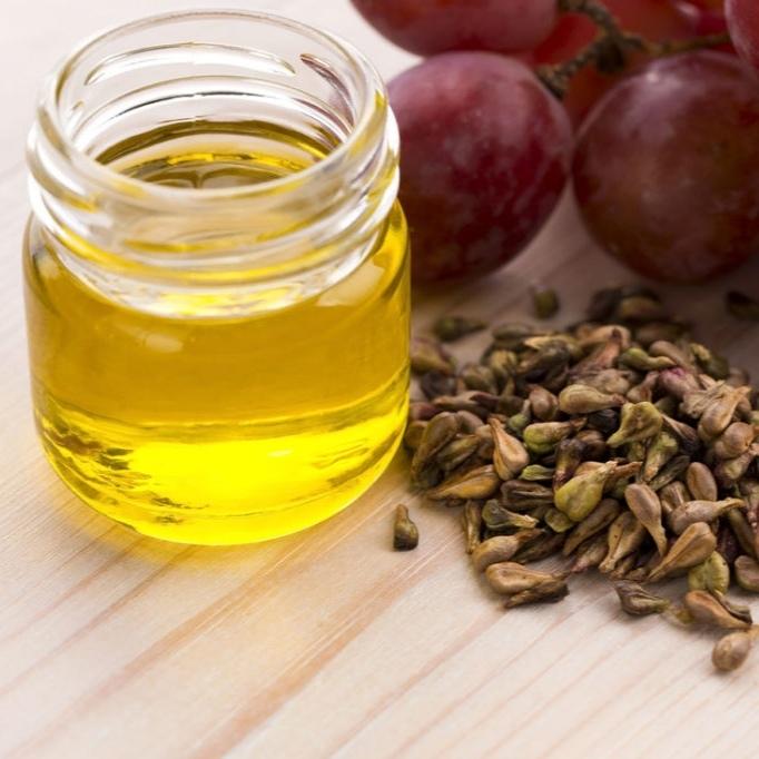Масла Масло виноградной косточки grape-oil-01.jpg
