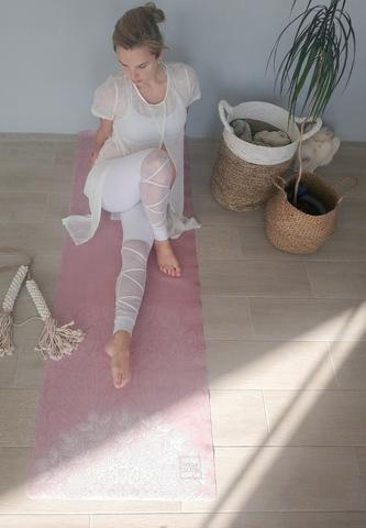 Коврик для йоги Bali Pink 183*61*0,1-0,3 см из микрофибры и каучука