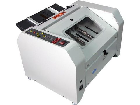 Буклетмейкер Steiger BookletMac - формат А3 - 320 х 450 мм, две головки, 800 буклетов в час.
