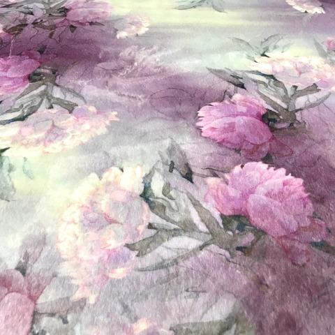 Ткань искусственный мех серо-лиловые цветы 3300