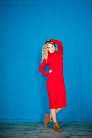 Платье свободного кроя красное