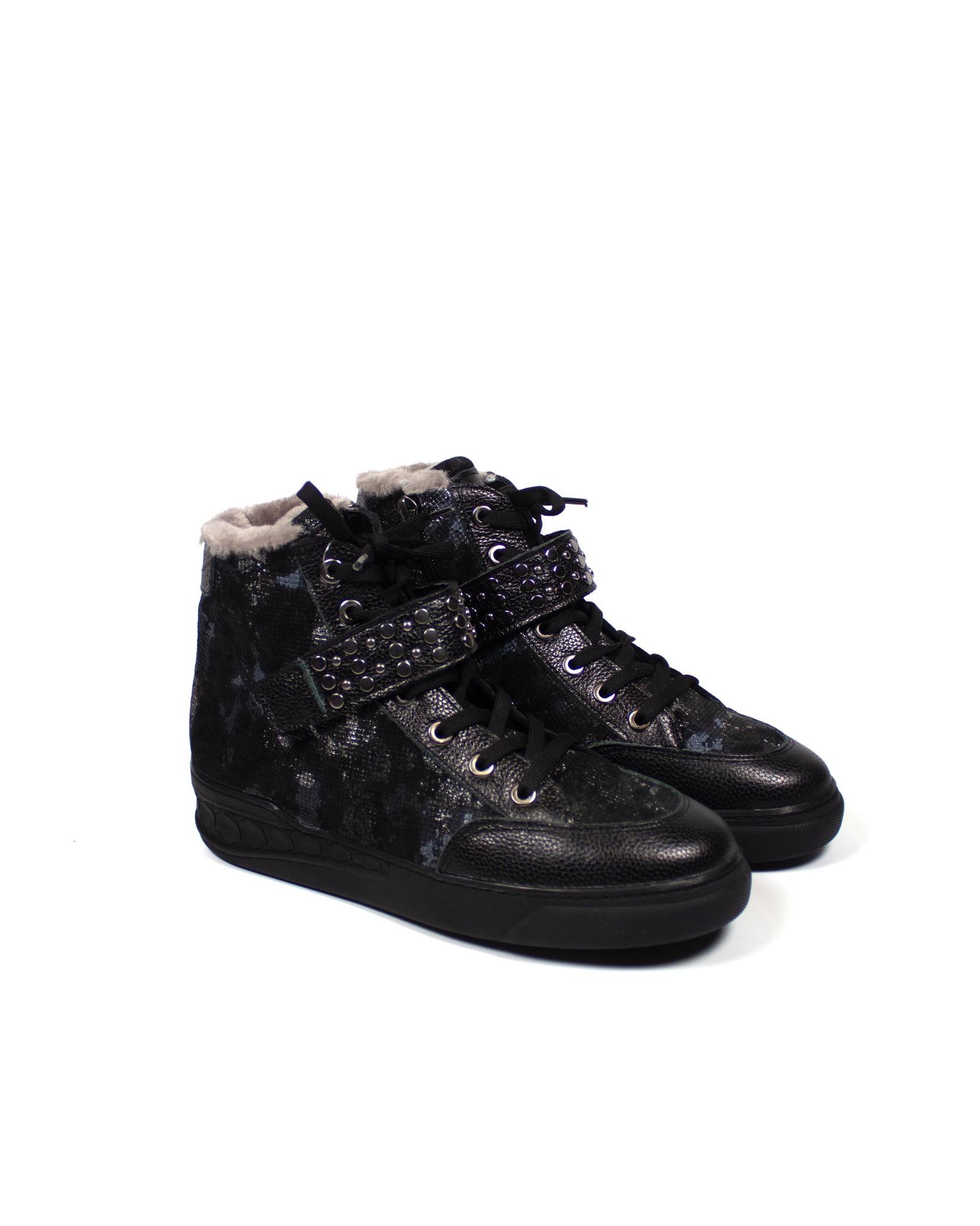черные кроссовки Donna Ricco