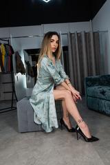 Платье из шелка ниже колена оптом