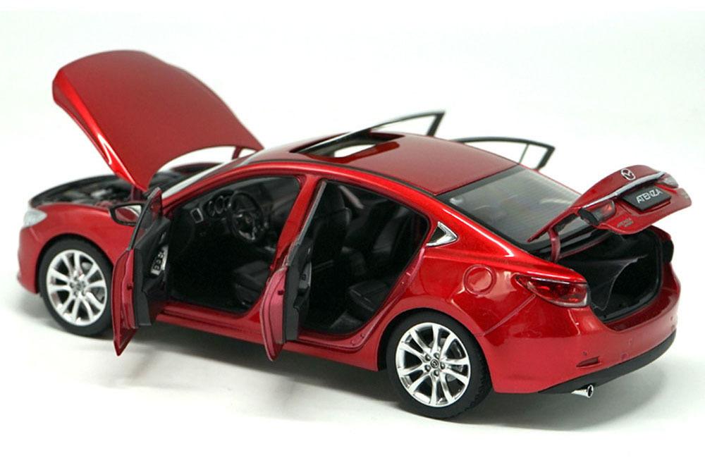 Коллекционная модель MAZDA 6 ATENZA 2014 RED