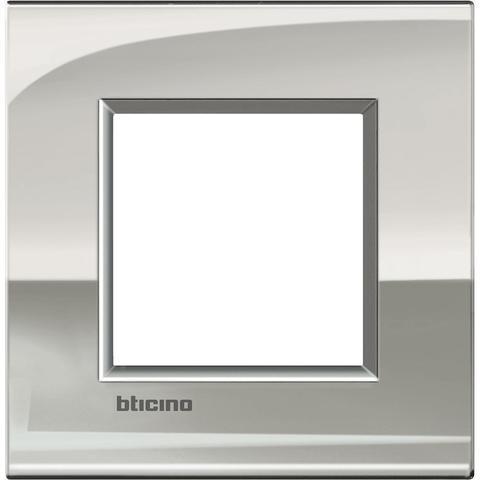 Рамка 1 пост AIR, прямоугольная форма. БЛЕСТЯЩИЙ. Цвет Палладий. Итальянский стандарт, 2 модуля. Bticino LIVINGLIGHT. LNC4802PL