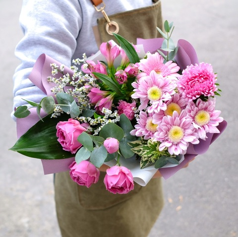 Букет-комплимент 8 с пионовидными розами