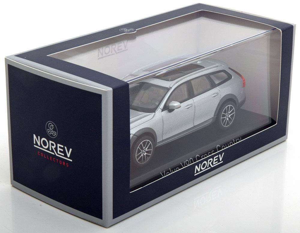 Коллекционная модель VOLVO V90 CROSS COUNTRY 2017 BRIGHT SILVER
