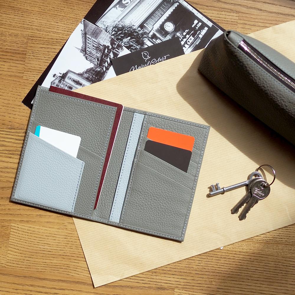 Обложка на паспорт и для автодокументов Paris Bicolor из натуральной кожи теленка, стального цвета