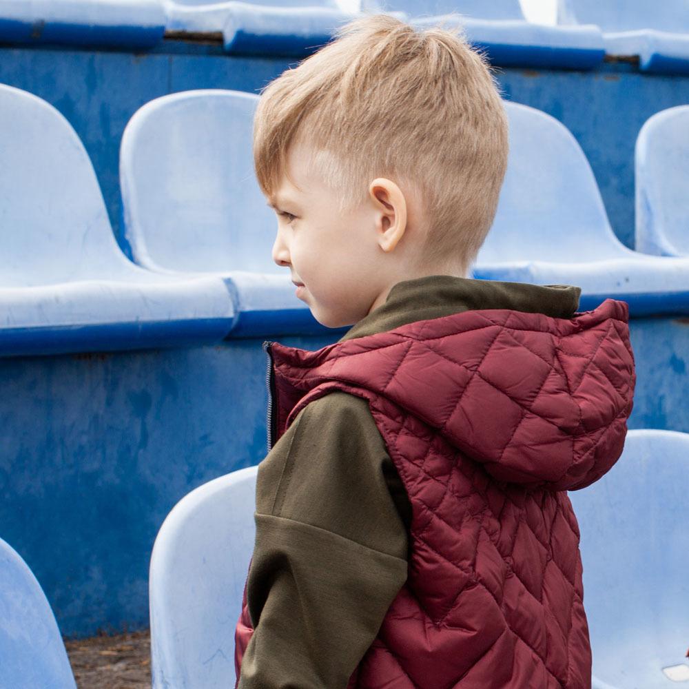 Дитячий стьобаний жилет унісекс бордового кольору