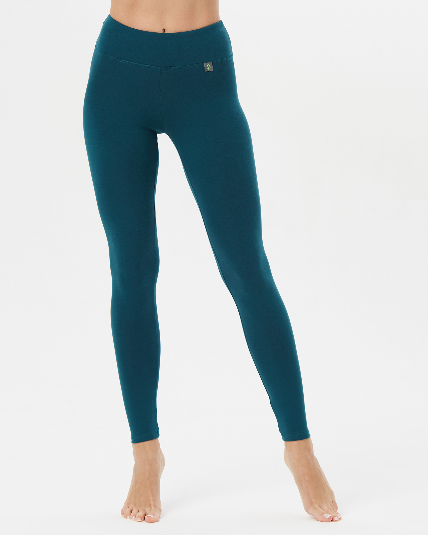 сине-зеленый