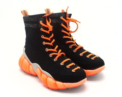Кроссовки комбинированные на яркой подошве