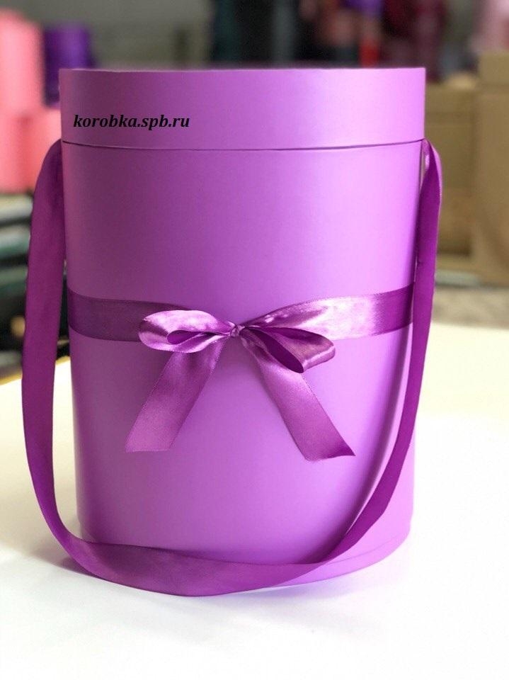 Шляпная коробка 22,5 см Цвет: лиловый . Розница 450 рублей .