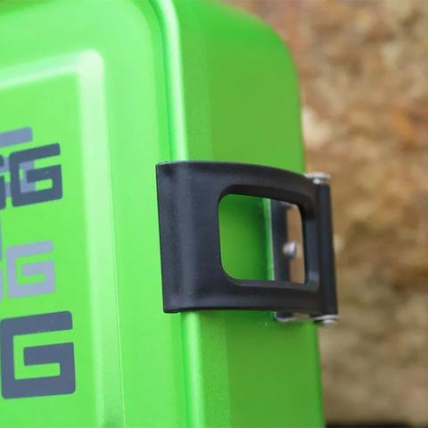 Ланчбокс Sigg Metal Box Plus S Football (0,9 литра), зеленый
