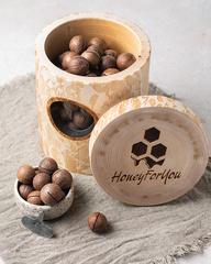 Макадамия в деревянном пеньке HoneyForYou (подарочный набор)