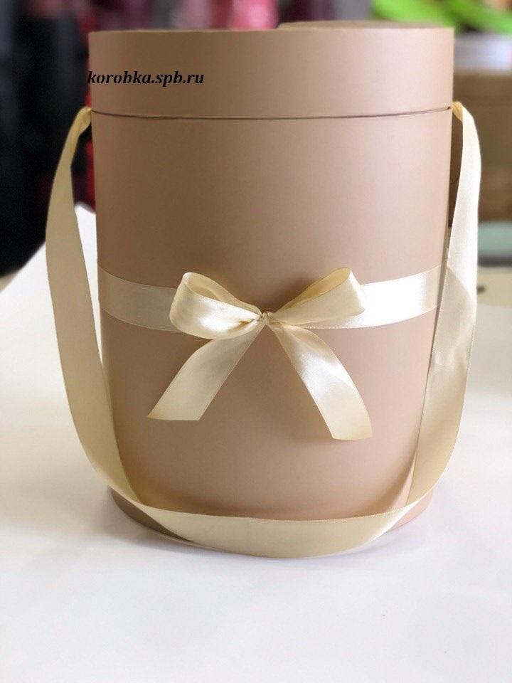 Шляпная коробка 22,5 см Цвет:  крафт . Розница 450 рублей .