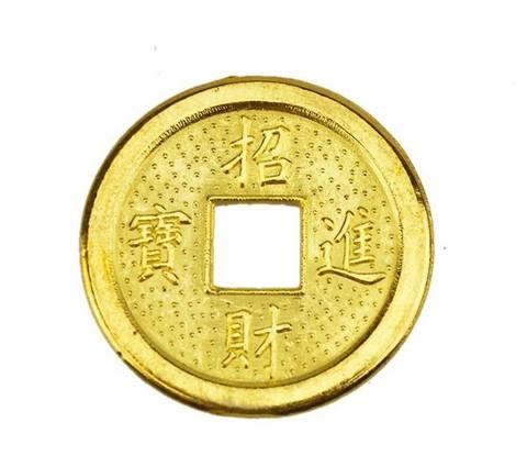 Монета золотая 1,5 см