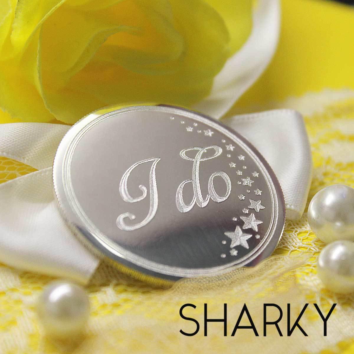 Сувенирная серебряная монета с гравировкой на заказ