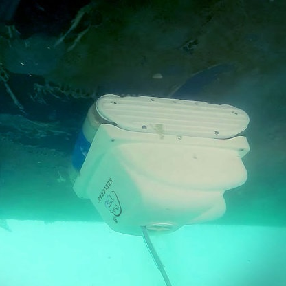 The Keelcrab, underwater drone for cleaning and inspecting hulls