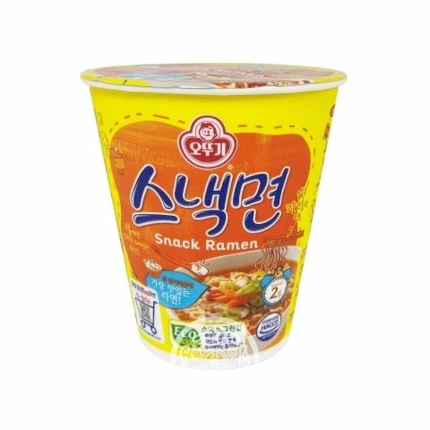 Лапша б/п OTTOGI Snack ramen со вкусом говядины 62г Южная Корея