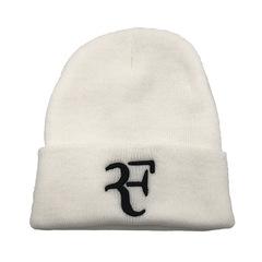 Вязаная шапка с отворотом и вышивкой Роджер Федерер  (Roger Federer) белая