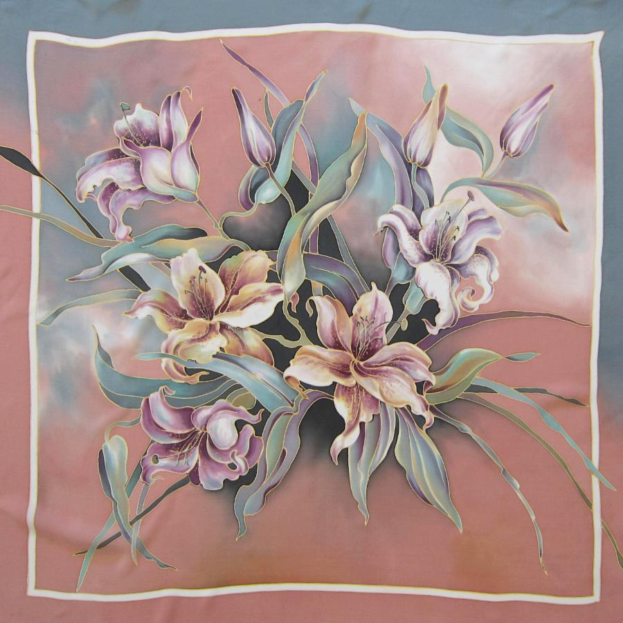 Шелковый платок батик Лилии пастель С-60