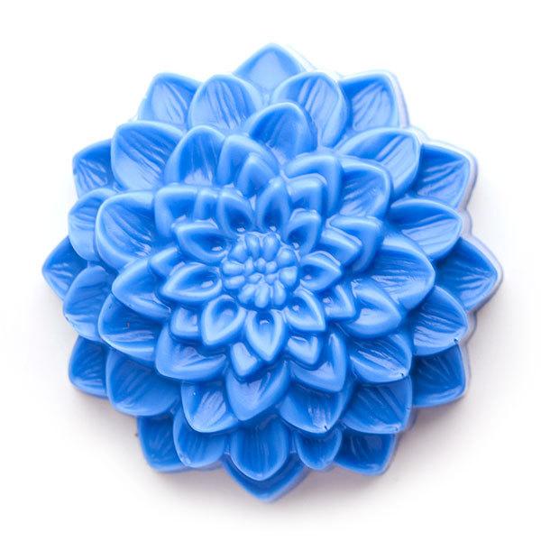 Пластиковая форма для мыла Георгин