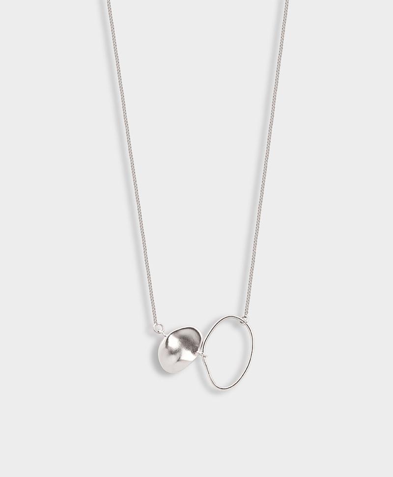 Серебряное колье-подвеска с двумя деталями