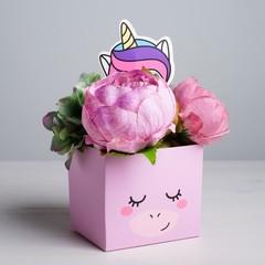 Коробка для цветов с топпером «Чудо»