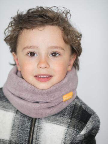 Детский снуд-горловинка из турецкой шерсти пыльно-розовый