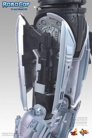 Robocop 3 With Gun Arm Model Kit