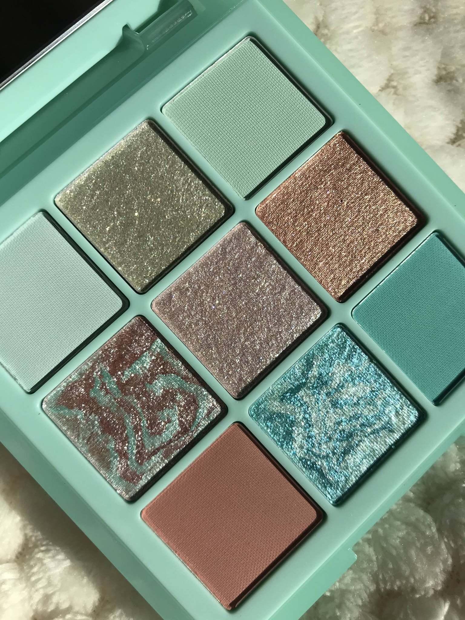 Huda Beauty Mint Obsessions Palette