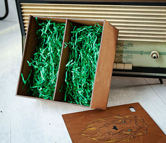 BOX252-2 Большая подарочная коробка ручной работы со львом (25*25*12 см) фото 07
