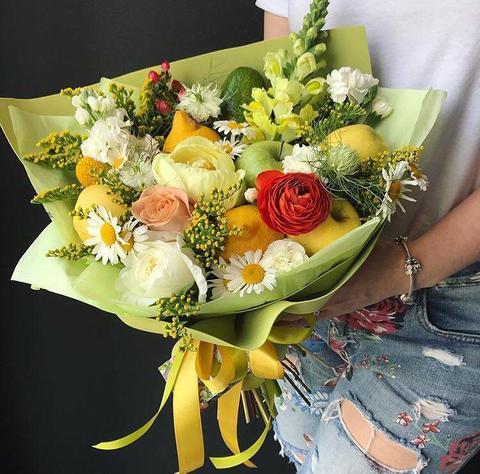 Цветочно – фруктовый букет Непохожий на других #156359