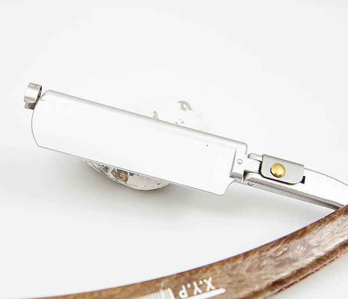 RAZ350 Бритва шаветка с пластиковой рукояткой фото 06
