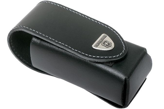 Мультитул Victorinox SwissTool X Plus (3.0338.L) комплектуется специальным чехлом из плотной натуральной кожи