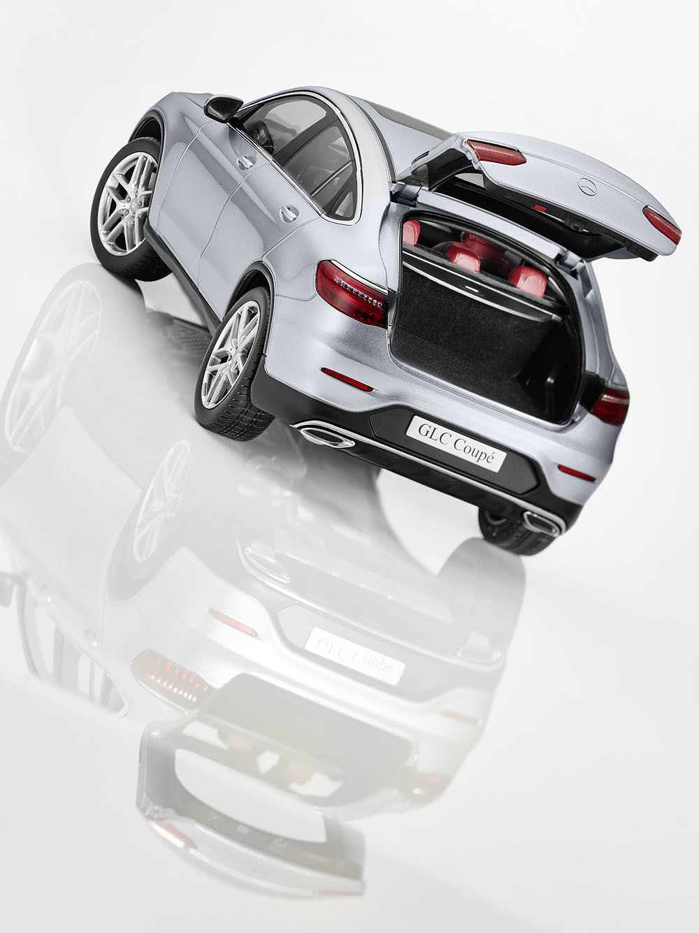 Коллекционная модель Mercedes-Benz GLC Coupe (C253) 2016 Silver