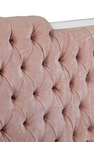 Пандоро, диван